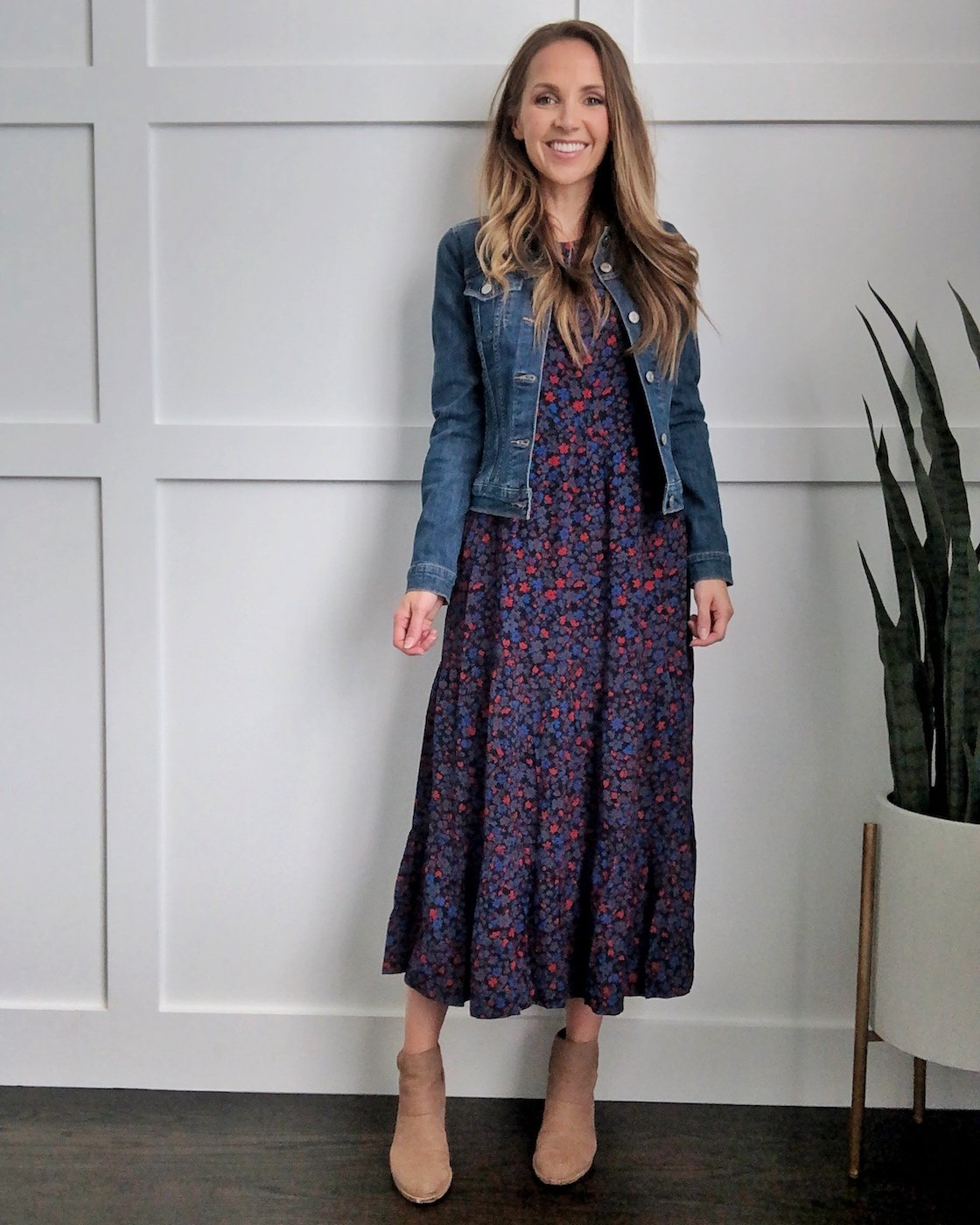 how to wear a midi dress denim jacket and ankle boots