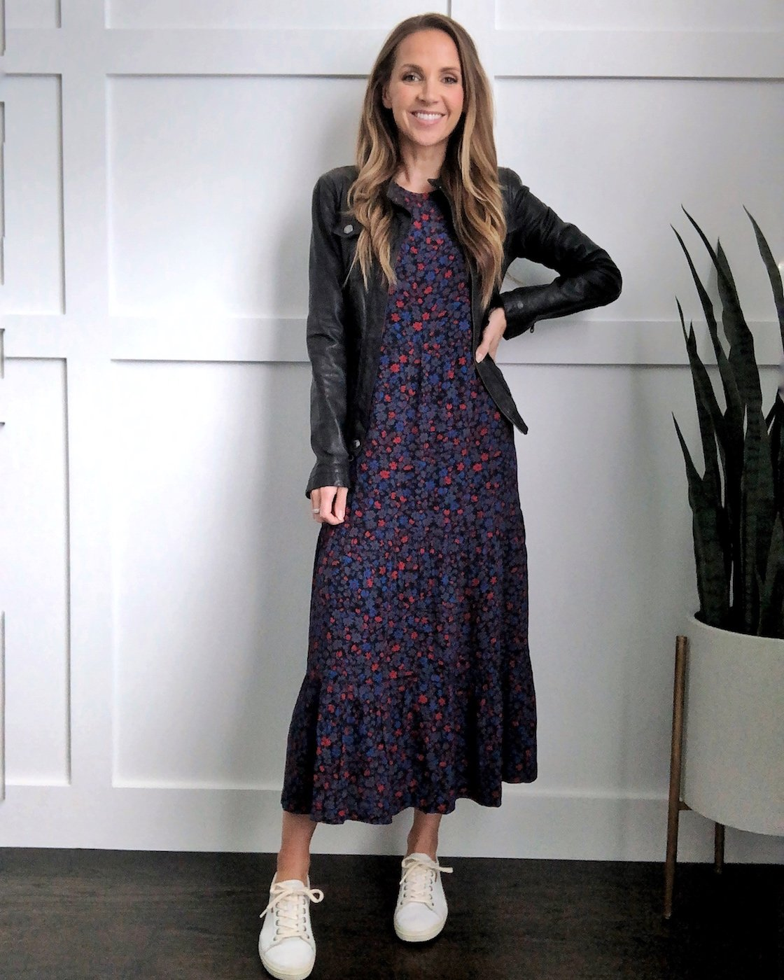 How to wear a midi dress with a leather jacket and sneakers