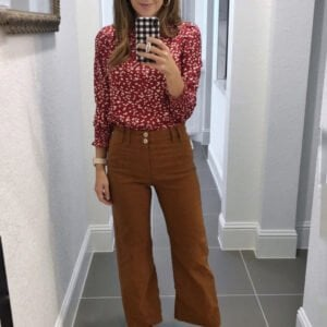 warm weather fall outfits wide leg pants with red floral top