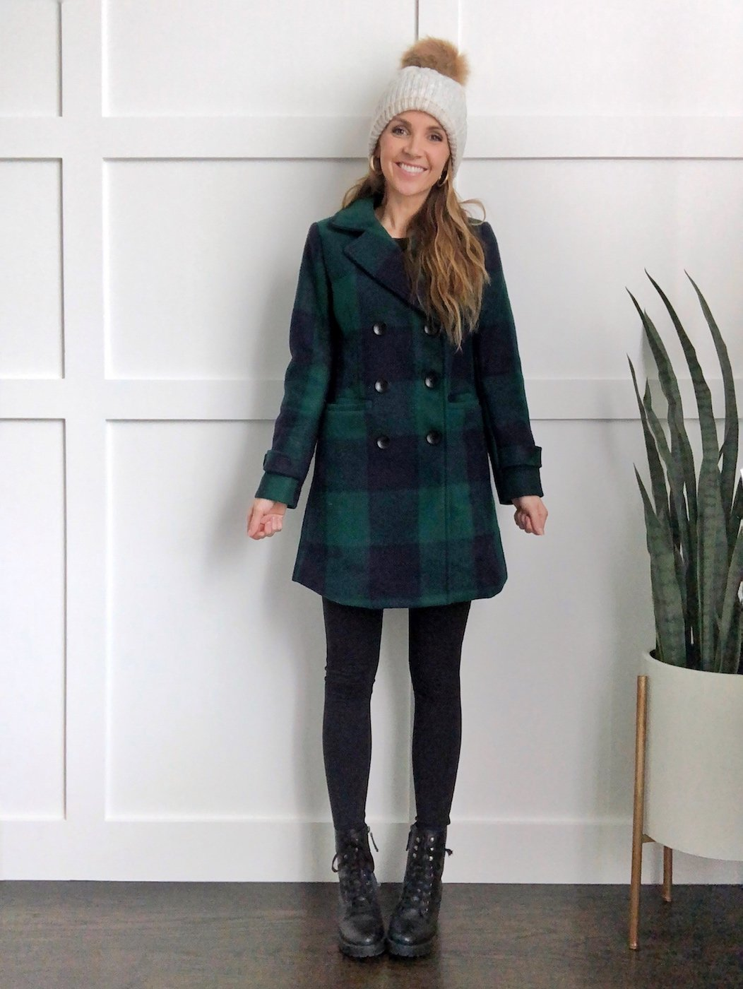 combat boots outfits - leggings and a coat