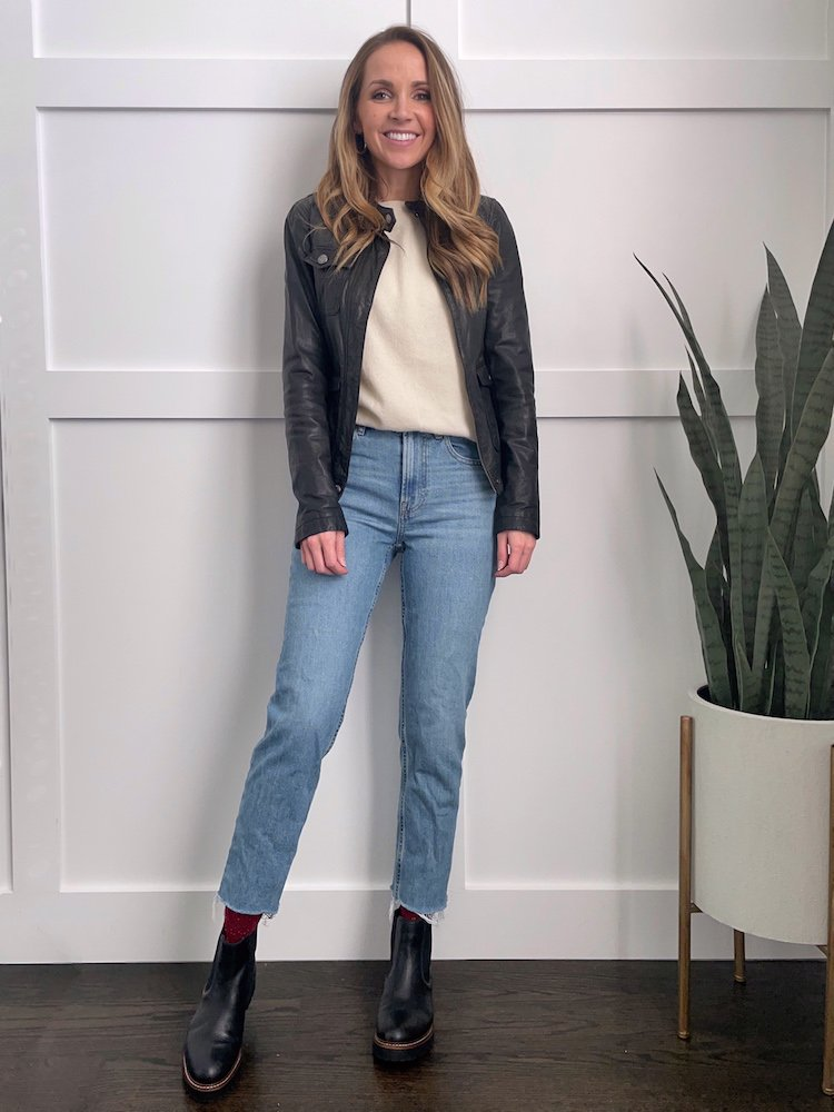how to wear socks and straight jeans