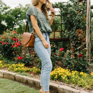 5 ways to dress up an outfit