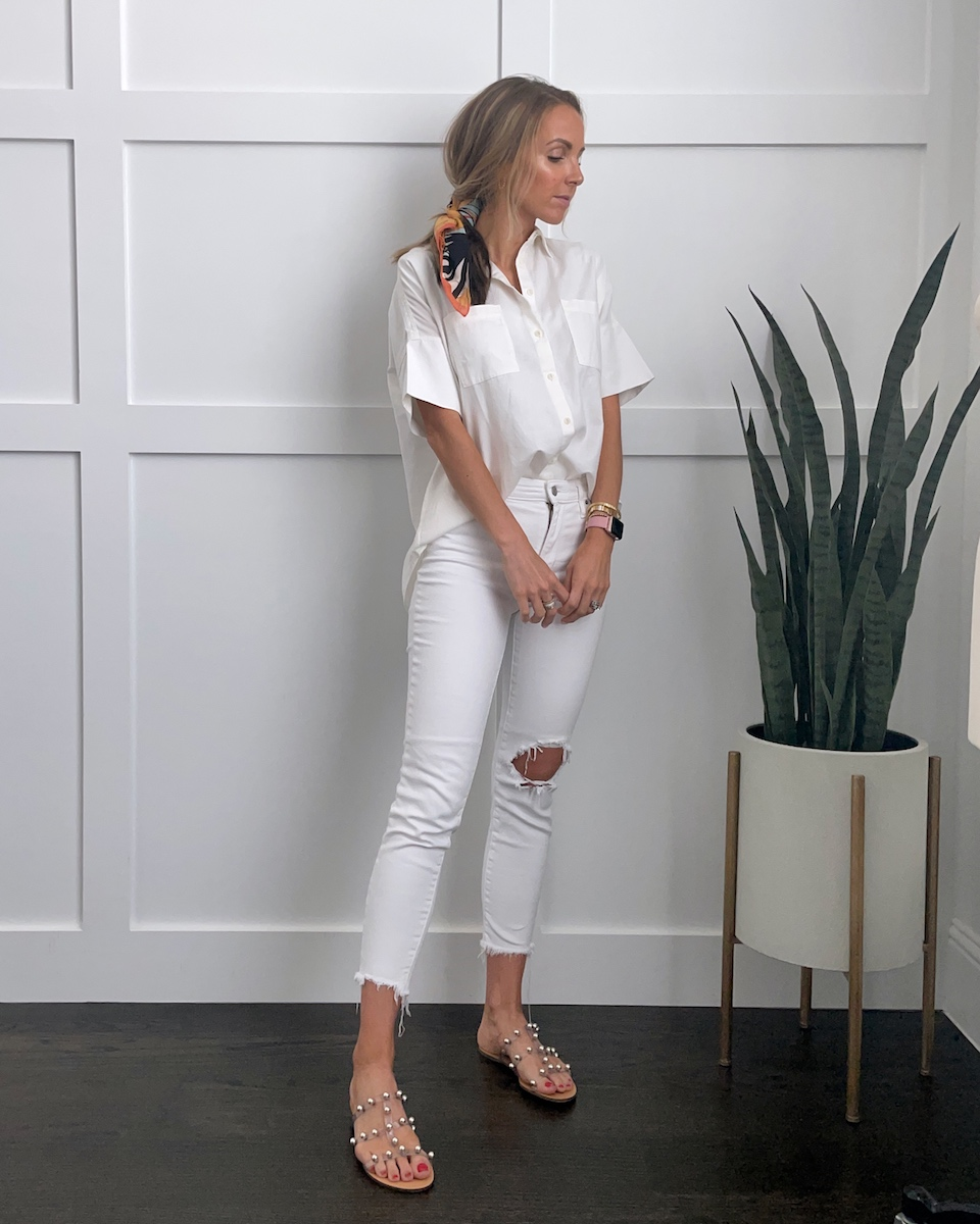 white jeans outfit with white shirt and hair scarf