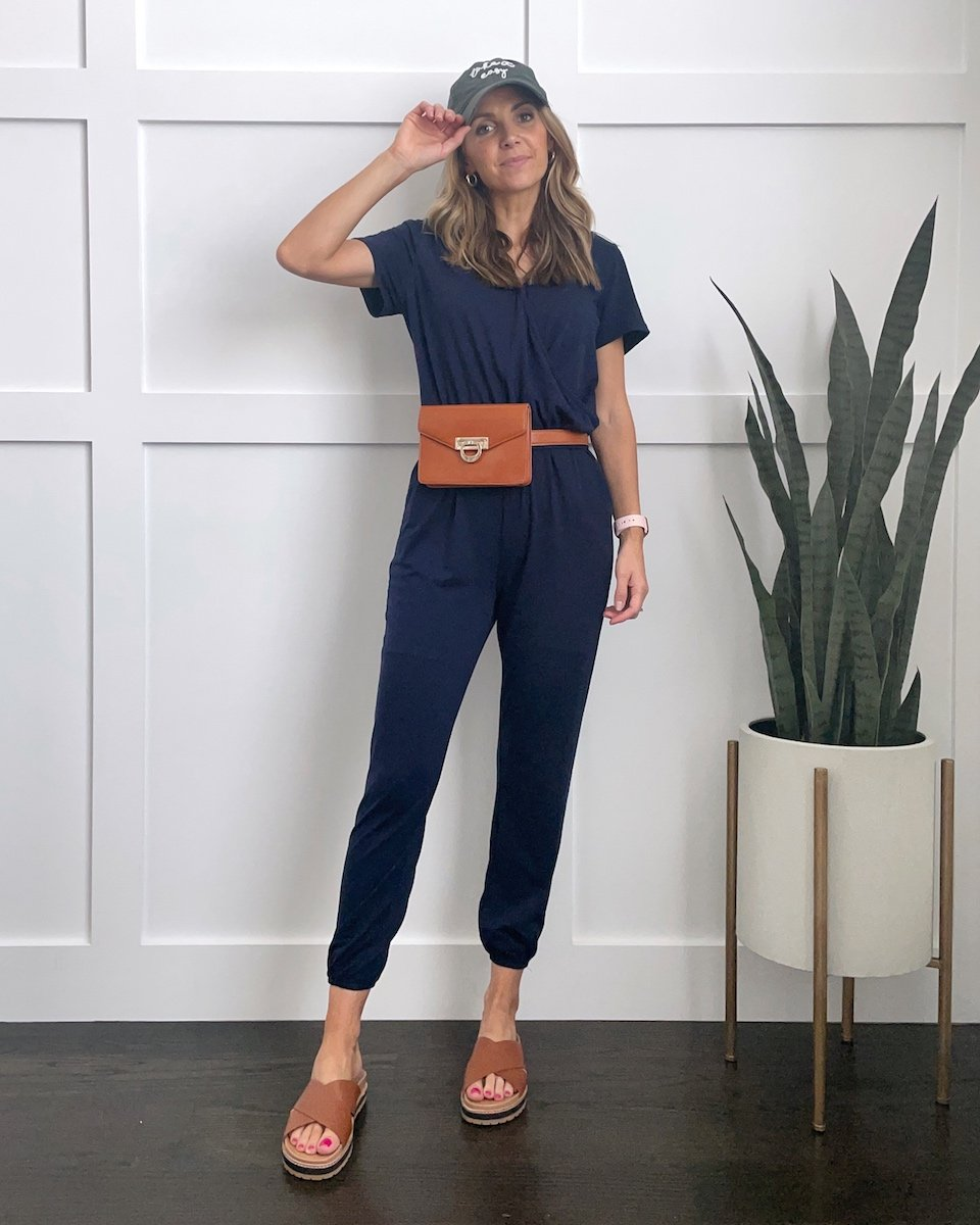 BASEBALL cap with jumpsuits