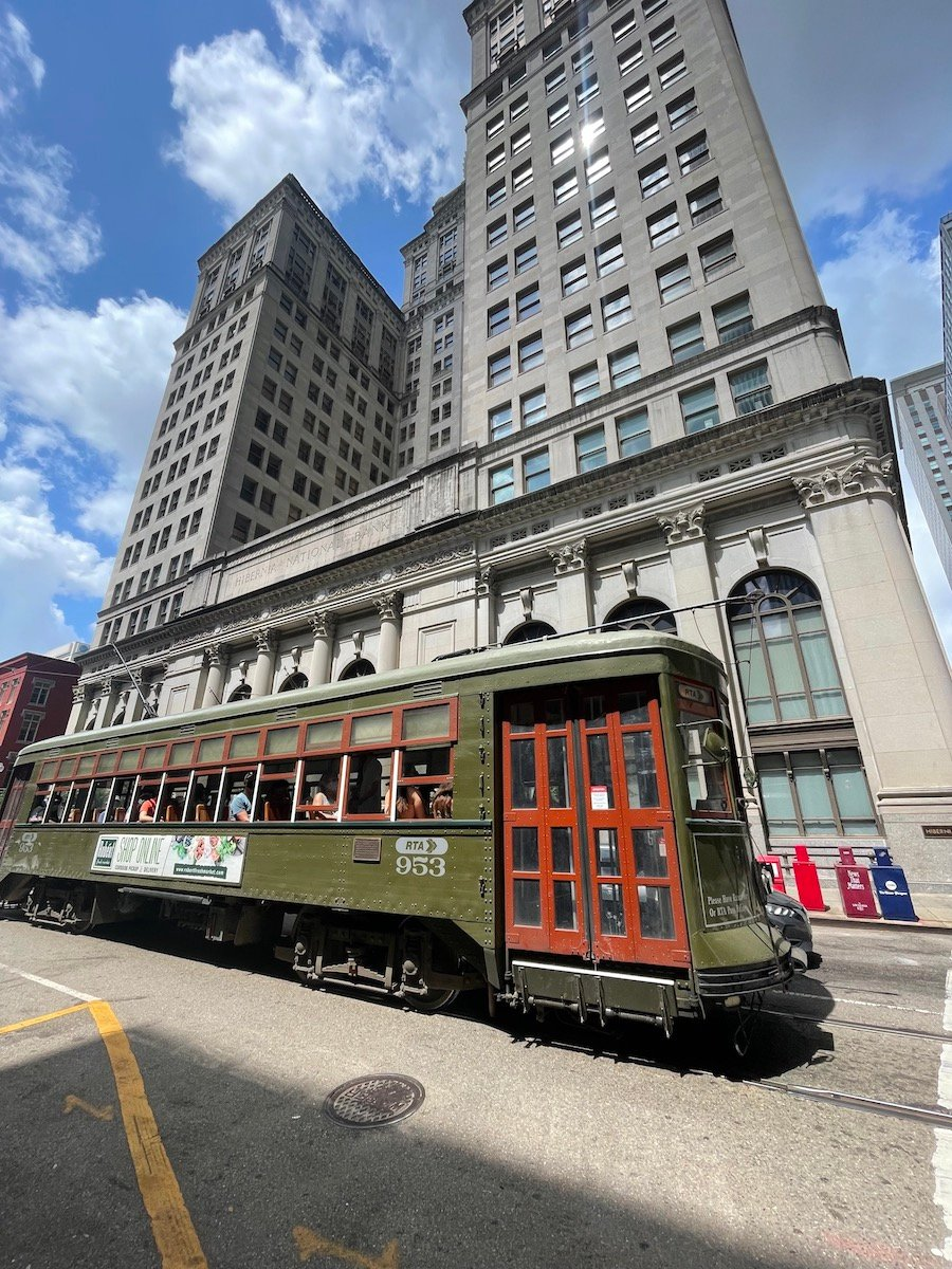 trolley car new orleans
